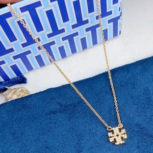 🍃Tory Burch Classic Diamond Logo Gold Necklace